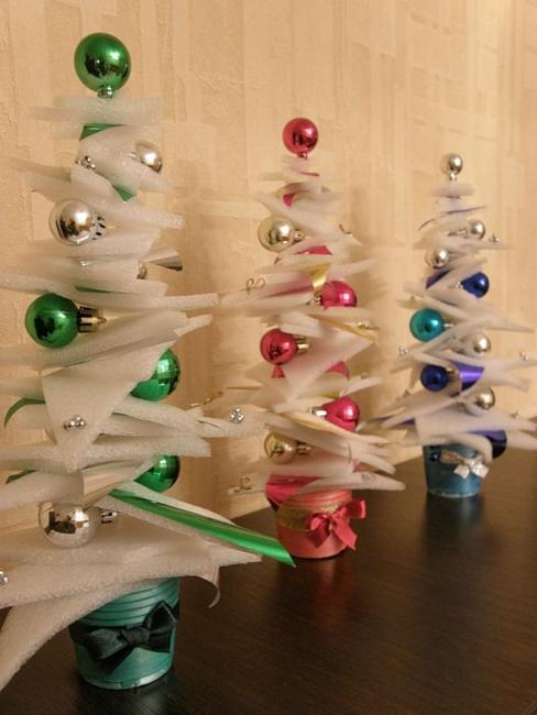 22 Recycling Ideas for Making Eco Friendly Handmade Christmas
