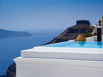 Five-of- the-Best-Luxury-Resorts-in-Greece