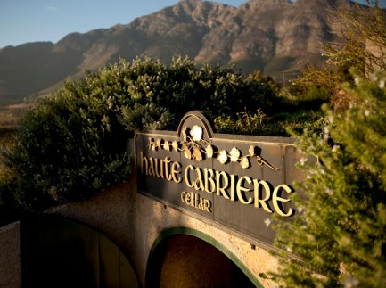 Haute-Cabriere-Restaurant-&-Terrace-Gourmet-Selections-&-Superb-Wines