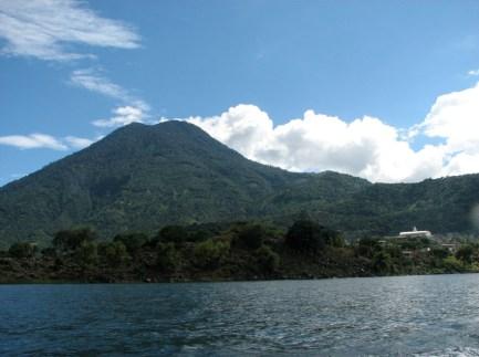 San-Pedro-La-Laguna-Five-Essential-Activities