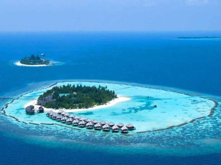 Vakarufalhi-Island-Resort-Heavenly-Peaceful