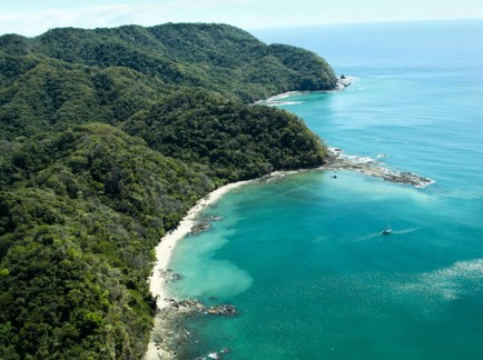 Best-Beaches-in-Costa-Rica