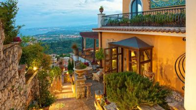 Dreaming of Sicily in Villa Ducale