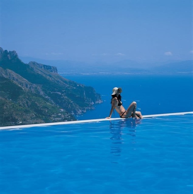 The top 25 most luxurious hotel pools luxury branded for Hotels in ravello with swimming pool