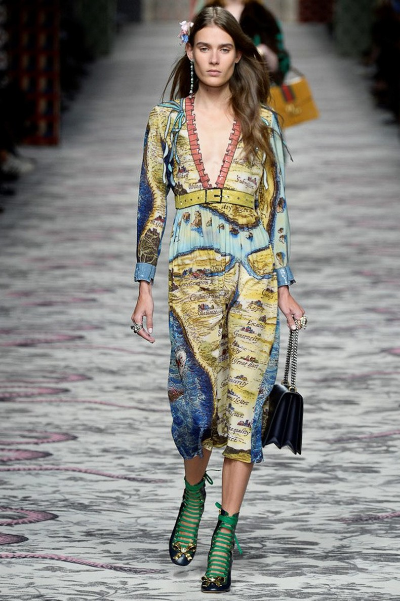 Gucci Spring 2016 RTW Collection look 4