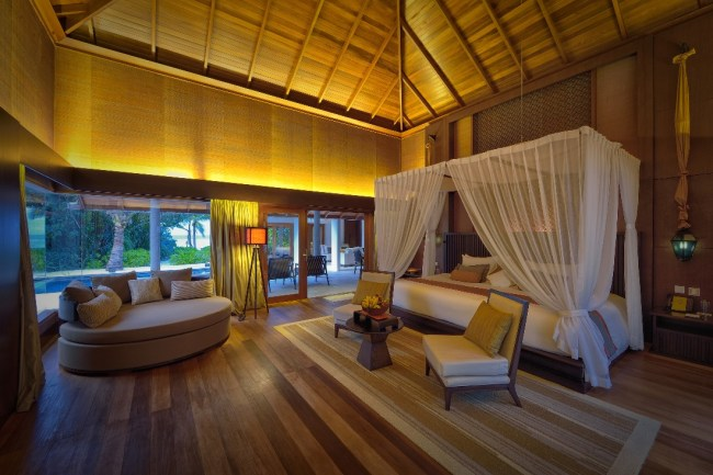 Jumeirah_Dhevanafushi_-_Two_Bedroom_Beach_Sanctuary