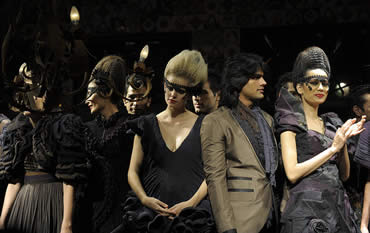 Glimpse of Delhi Fashion Week Fall 2009 - Rohit Bal