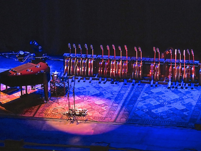 An intimate concert with Jackson Brown includes his piano and 20 guitars.