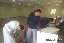 معلمو التربية الفنية يجملون مبنى المعاقين بأبها
