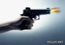 الدوريات الأمنية تُلقي القبض على طالب بمدرسة ثانوية يحمل سلاحاً بالطائف