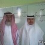 مدير التعليم بالطائف يشكر معلم داخل فصله بعد رفضه للتقاعد