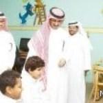 نائب وزير التربية يطلع على مصادر التعلم ويوصي بتعميمها