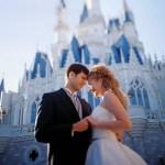 Mariage dans un parc d'attraction