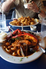 Boston Sail Loft : homard et fruits de mers