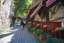 Istanbul: Die Altstadt mit ihren vielen kleinen Cafés und Läden lädt zum Verweilen ein