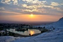 Pamukkale: Atemberaubende aussicht auf eine unwirkliche Landschaft