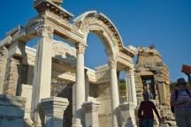 Ephesos: Der Hadrianstempel