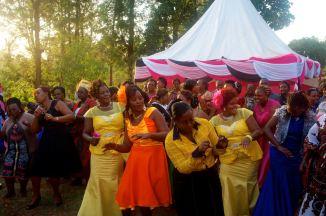 Auch auf der Feier nach der Kirche wurde fleissig getanzt