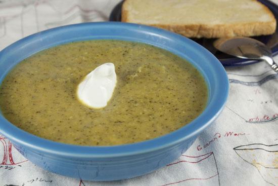 Broccoli Parmesan Soup recipe from Macheesmo