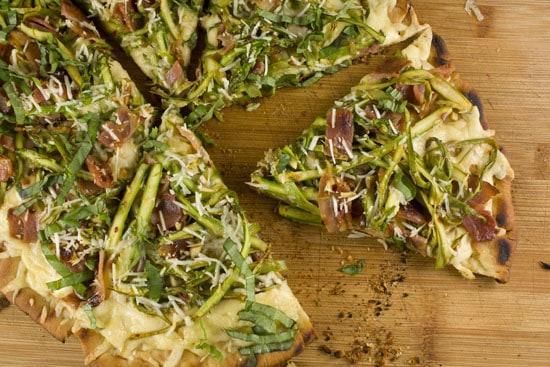 Asparagus Pizza Recipe from Macheesmo