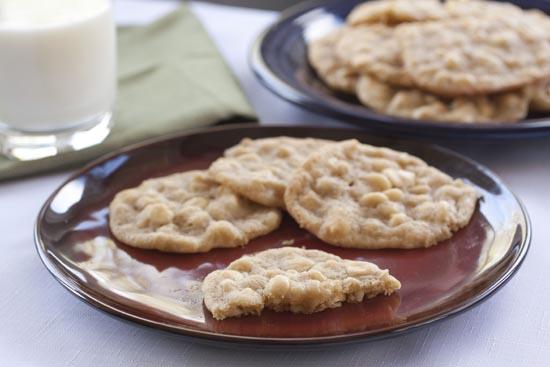 White Chocolate Macadamia Cookies from Macheesmo