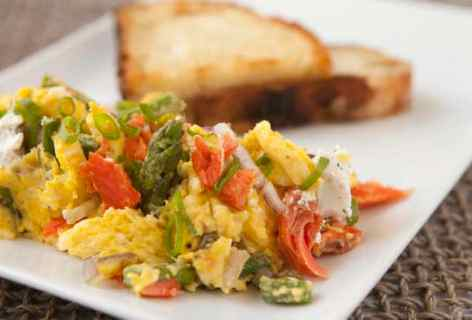 Smoked Salmon Scrambled Eggs