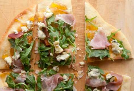Fig and Prosciutto Flatbreads