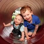 子供に兄弟は作るべき?一人っ子のメリットについて考える