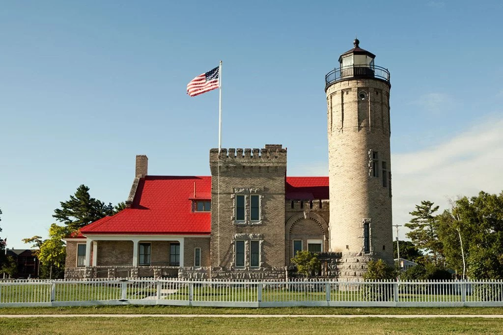 Smoking 3d Wallpaper Old Mackinac Point Lighthouse Mackinac State Historic Parks