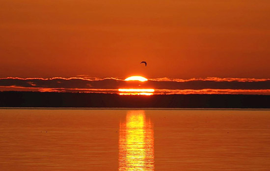 Mackinaw City Hotels - Sunrise Beach Motel
