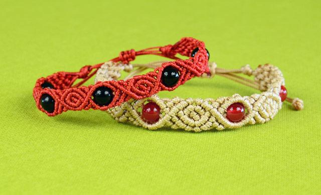 Roses Beads Bracelet Tutorial