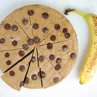 Banana Chocolate Chip Protein Cookie Cake