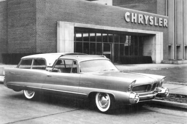 1956 Chrysler Plainsman station wagon