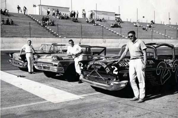Fireball Roberts 22 1957 Chevrolet Darlington Cotton Owens Pontiac far left
