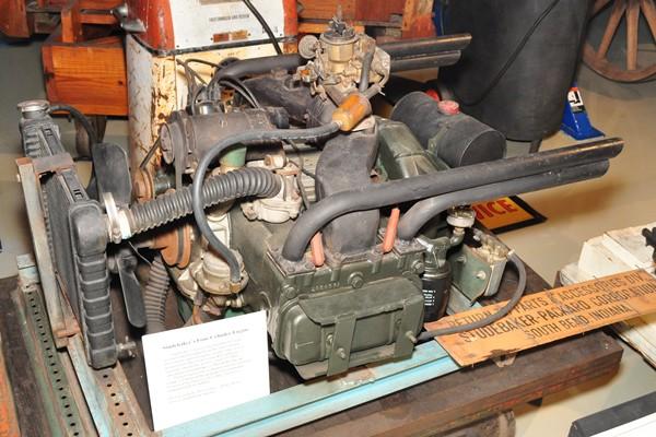 Studebaker opposed four prototype engine