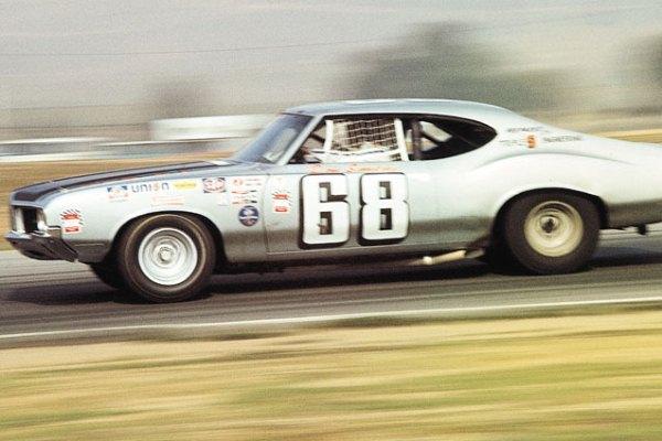 1970 Oldsmobilke Cutlass Don Simkins Riverside