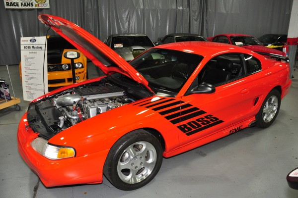 Boss 604 Mustang SVC
