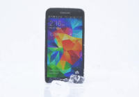 El Samsung Galaxy S5 desafía al iPhone 5S al Ice Bucket Challenge