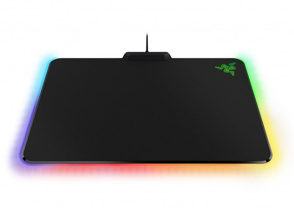 razer-shows-firefly-gaming-mouse-pad-chroma-lighting-features_full
