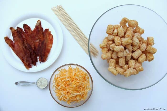 Loaded Tater Tot Skewers   Appetizers   Superbowl food   Tater Tot Kabobs   www.madewithHAPPY.com