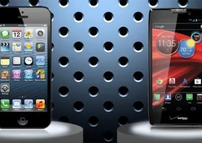 The iPhone 5 vs Motorola DROID RAZR MAXX