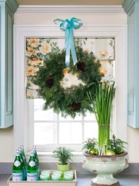 30 Indoor Christmas Window Decorations Ideas - MagMent