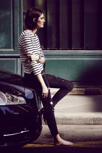 http://i0.wp.com/www.magmontres.fr/wp-content/uploads/2015/06/Chanel-BoyFriend-21.jpg?resize=327%2C492