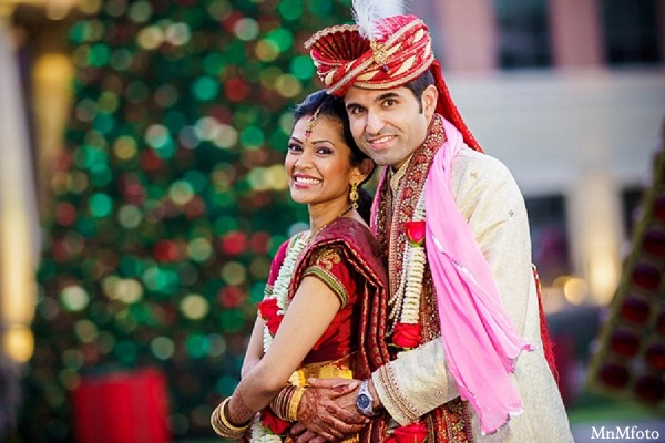 Married Couple Wallpaper With Quotes Portraits In Houston Tx Indian Wedding By Mnmfoto