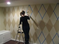 How to paint a diamond pattern on your wall - Maison D'or ...