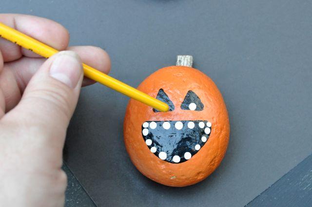 DIY Rock Pumpkins