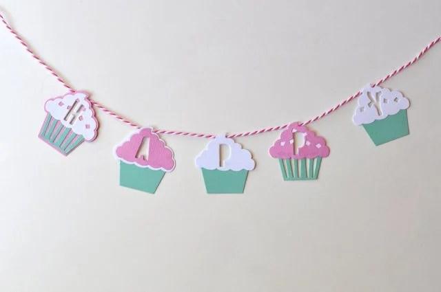 DIY Cupcake Cake Bunting