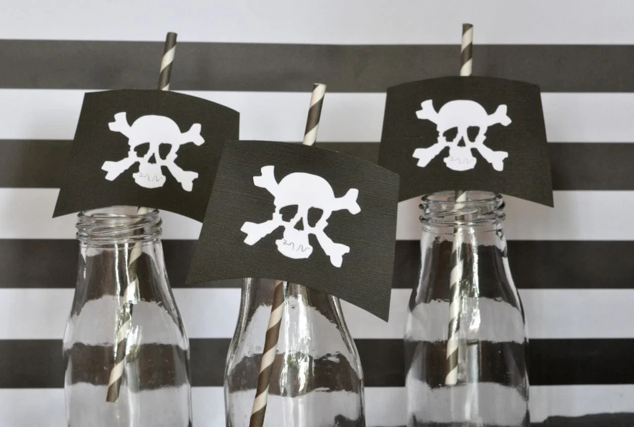 DIY Pirate Straws for a Pirate Party