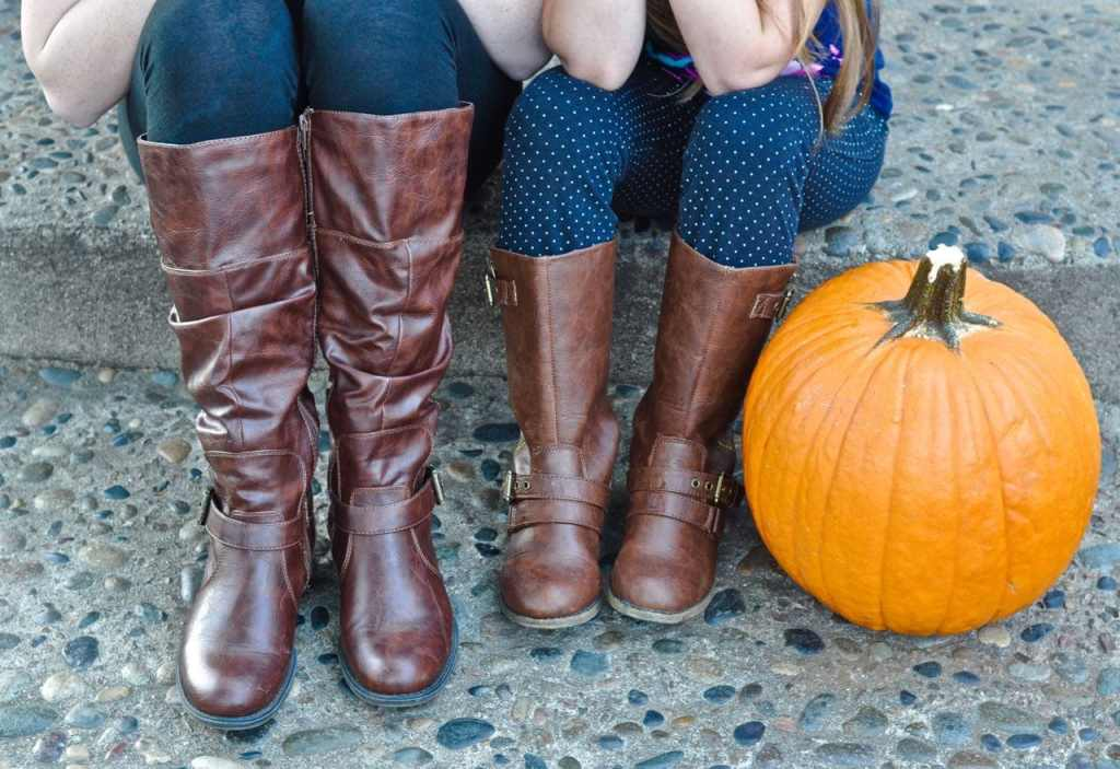 Fall boots from Famous Footwear #ohsofamous