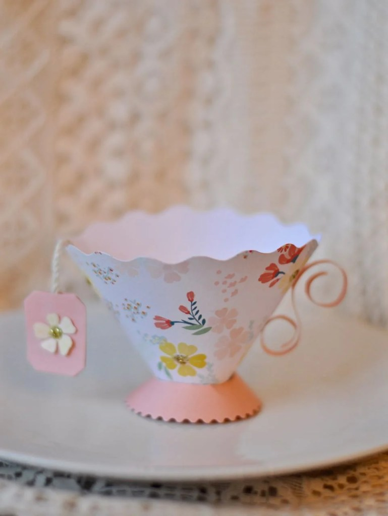 Paper Teacup with Sizzix Brenda Walton die